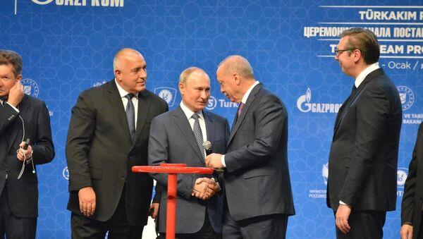 Prezident Ruska Vladimir Putin a prezident Turecka Recep Tayyip Erdogan - Sputnik Česká republika