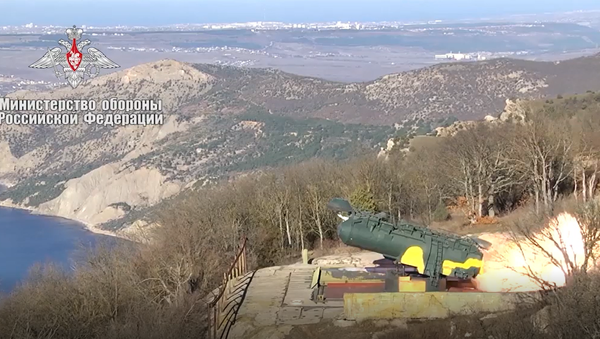 Video: Raketová jatka. Efektní záběry raketového odpálení na námořní cíle   - Sputnik Česká republika