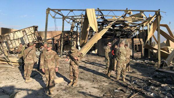 Důsledky íránského útoku na americkou leteckou základnu Asad v Iráku. - Sputnik Česká republika