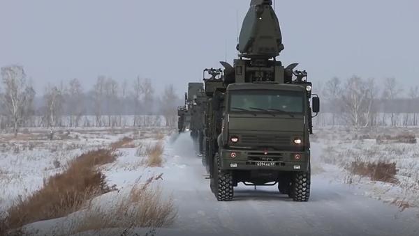 Vojenské jednotky efektně ovládají raketové systémy Iskander-M, S-300 a Pancir-S1 na území celého Ruska  - Sputnik Česká republika