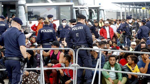 Migranti v Rakousku - Sputnik Česká republika