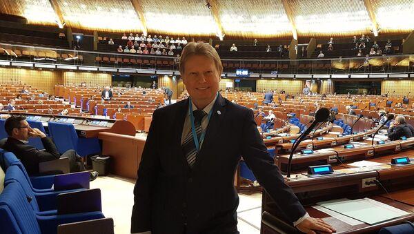 Místopředseda výboru pro evropské záležitosti Jiří Valenta (KSČM) - Sputnik Česká republika
