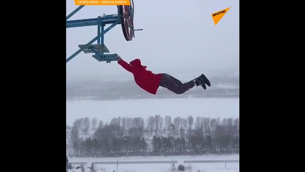 Rus předvádí šílené parkourové triky při teplotě -35°C - Sputnik Česká republika