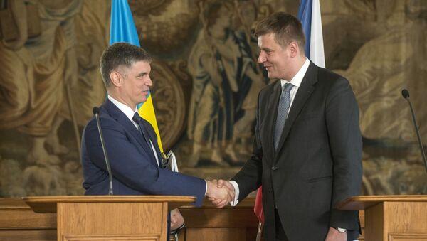 Vadym Prystajko a Tomáš Petříček (04.02.2020, Praha) - Sputnik Česká republika