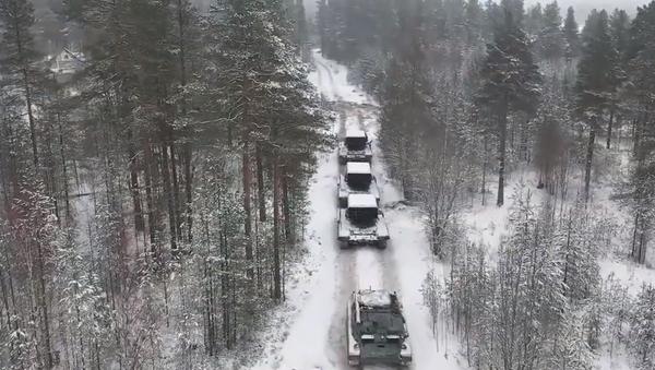 Bylo publikováno video ze střeleb těžkého plamenomet Solncepek - Sputnik Česká republika