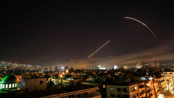 Americký raketový útok proti Damašku (14. 4. 2018) - Sputnik Česká republika