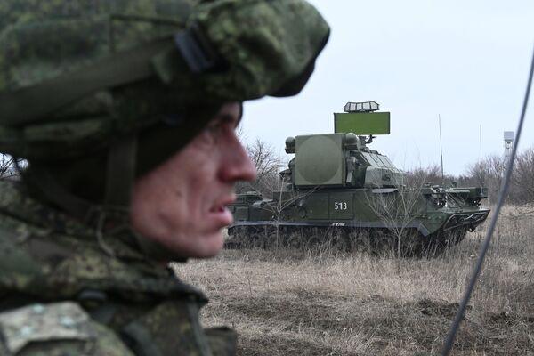 Protiletadlový raketový komplex Tor během taktických cvičení ruské armády. Rostovská oblast, Rusko. - Sputnik Česká republika
