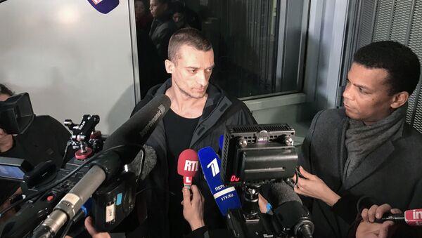 Pjotr Pavlenskij - Sputnik Česká republika