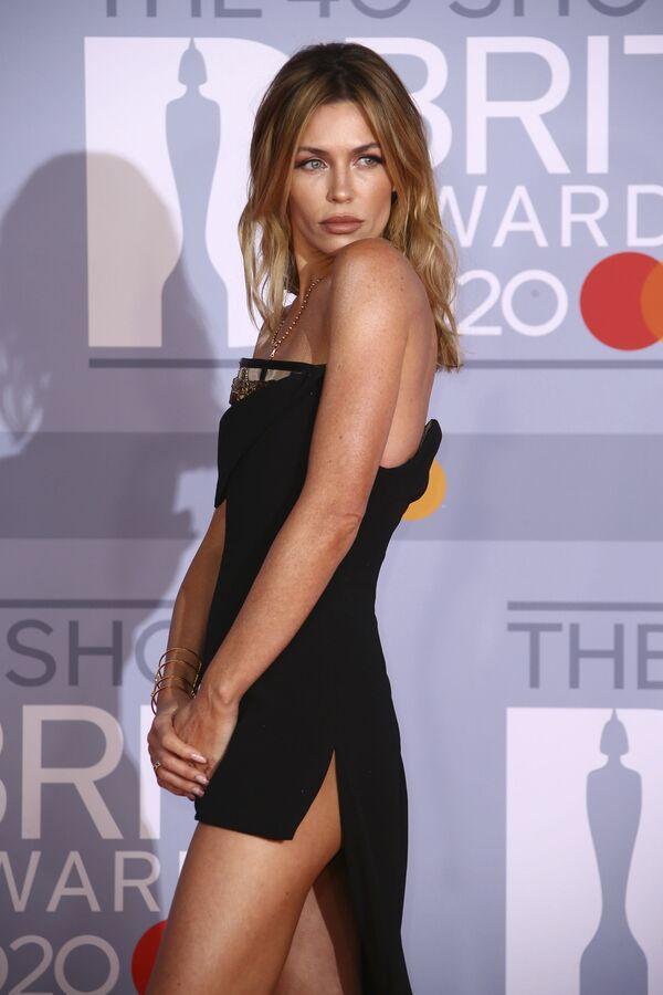 Modelka Abbey Clancyová na 2020 Brit Awards - Sputnik Česká republika
