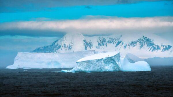 Мыс Маскар на острове Аделейд в Антарктиде - Sputnik Česká republika