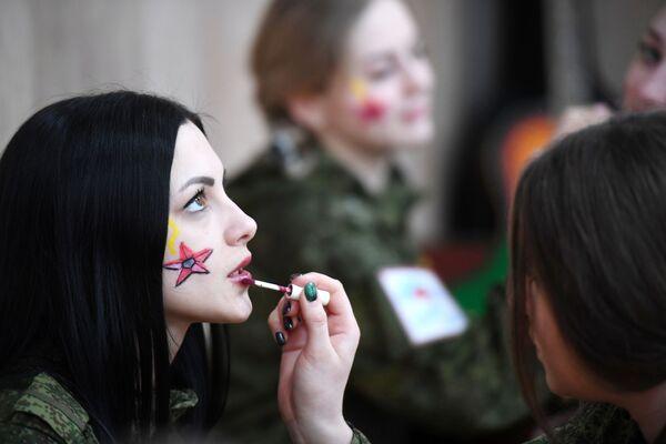 Účastnice soutěže krásy vojaček Raketových vojsk strategického určení v Rusku - Sputnik Česká republika