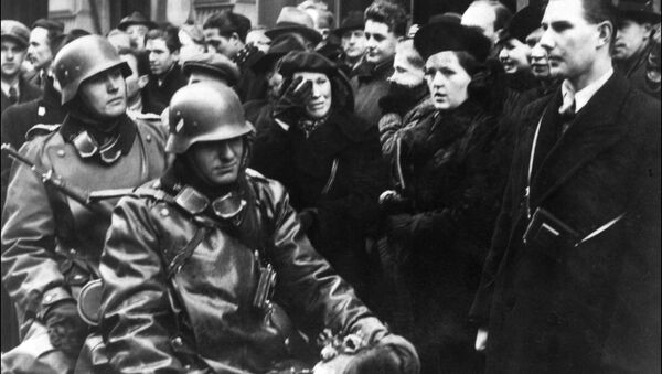 Německé motocyklové jednotky v Praze na začátku německé invaze do Československa - Sputnik Česká republika