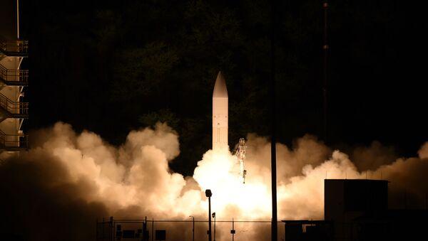 Testování americké hypersonické jednotky na Havaji  - Sputnik Česká republika