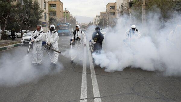 Dezinfekce ulic v Teheránu - Sputnik Česká republika
