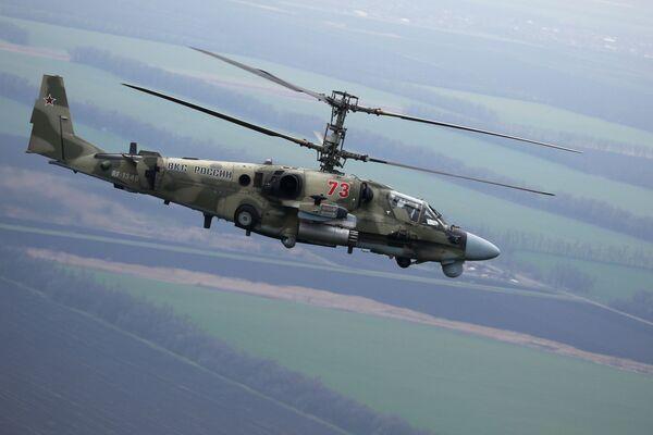 Vrtulník Ka-52 během letových taktických cvičení v Krasnodarské oblasti - Sputnik Česká republika