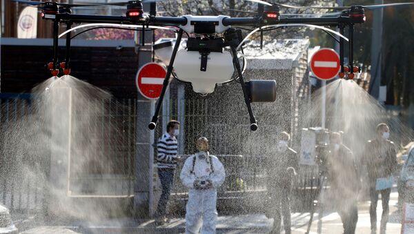 Dezinfekce v Cannes - Sputnik Česká republika