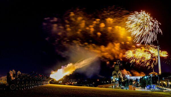 Barevné ohňostroje k 75. výročí vítězství ve Velké vlastenecké válce  - Sputnik Česká republika