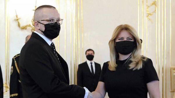 Prezidentka Slovenské republiky Zuzana Čaputová a Vladimír Pčolinský - Sputnik Česká republika