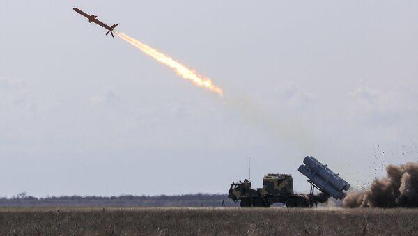Start ukrajinské rakety RK-360MC Neptun - Sputnik Česká republika