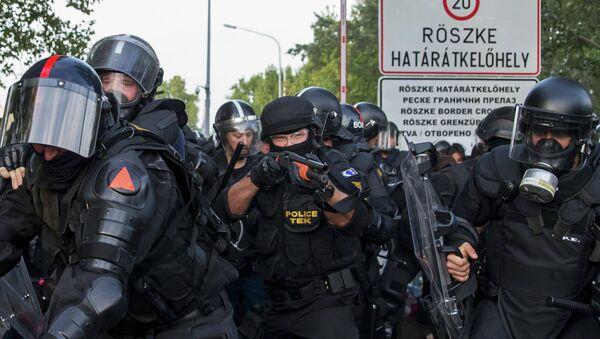 Maďarská policie - Sputnik Česká republika