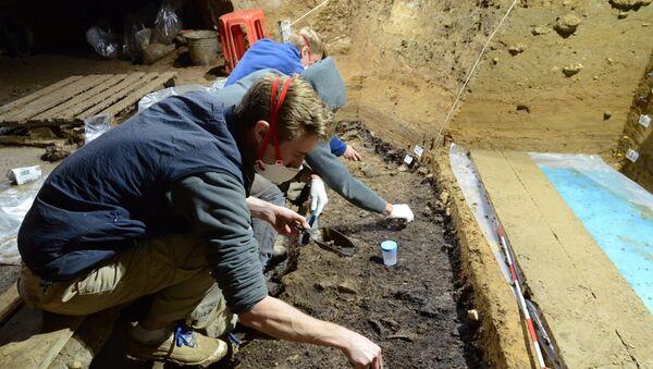 Byly nalezeny kosti nejstarších Homo sapiens v Evropě - Sputnik Česká republika