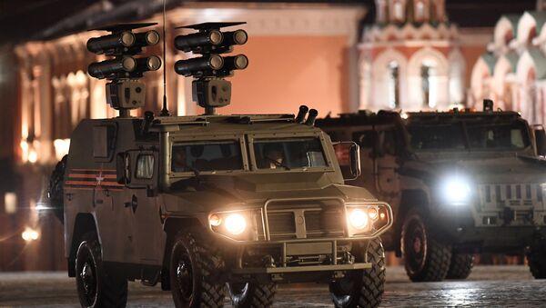 Obrněné auto Tigr s protitankovým raketovým systémem Kornet-D - Sputnik Česká republika