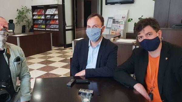Fotograf týdeníku EURO.cz, Jan Novotný a Vladimír Franta - Sputnik Česká republika