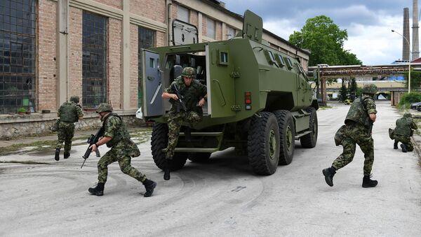 Obrněné vozidlo M-20 MRAP 6x6 - Sputnik Česká republika