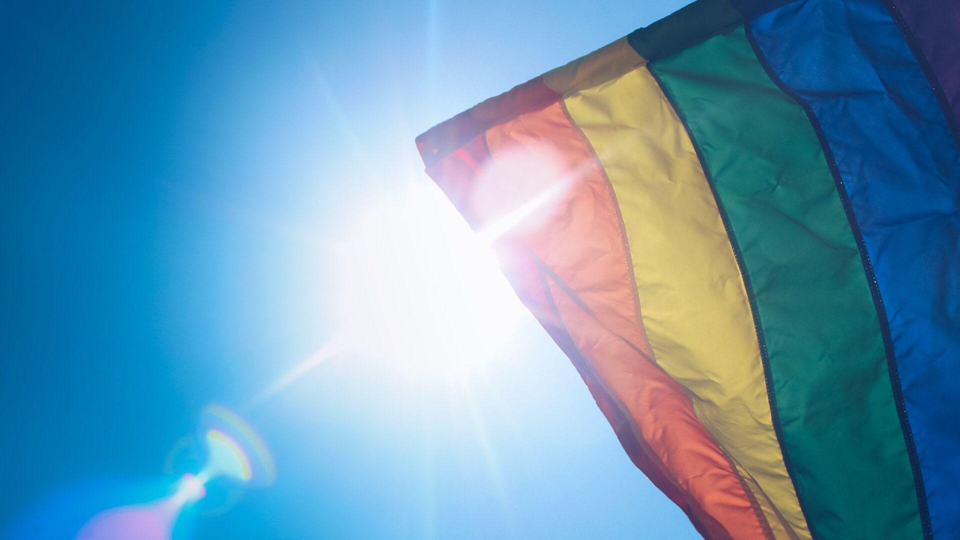 Vlajka LGBT - Sputnik Česká republika, 1920, 10.10.2021