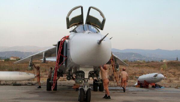 Ruské Su-34 zasazovaly bodové údery po cílech z výšky přes 5 tisíc metrů - Sputnik Česká republika