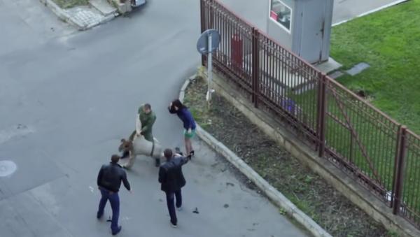 Ruský voják si spletl natáčení filmu s reálným životem - Sputnik Česká republika