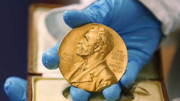Medaile předávána laureátům Nobelovy ceny - Sputnik Česká republika