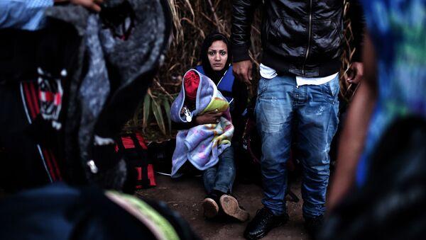 Migranti na řeckém ostrovu Lesbos. - Sputnik Česká republika