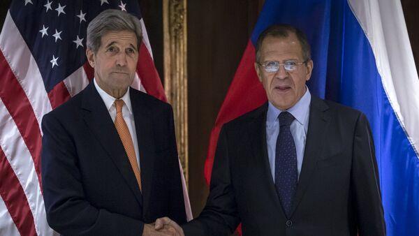 Lavrov a Kerry projednali politické urovnání v Sýrii s účastí opozice - Sputnik Česká republika