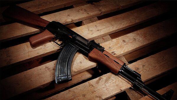 AK-47 Assault Rifle // Avtomat Kalashnikova 1947 - Sputnik Česká republika