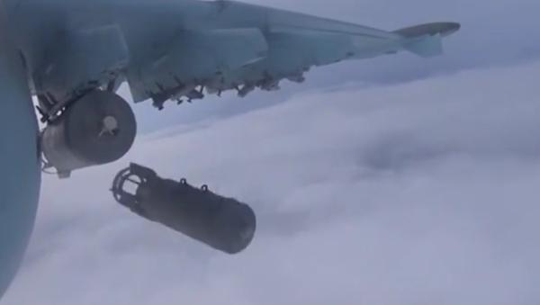 Letectvo RF zasadilo během 24h údery 118 objektům teroristů v Sýrii - Sputnik Česká republika