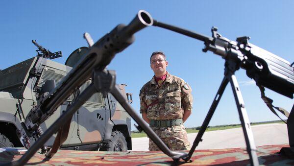 Cvičení NATO Trident Juncture 2015 - Sputnik Česká republika