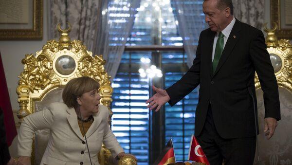 Německá kancléřka Angela Merkelová a turecký prezident Recep Tayyip Erdogan - Sputnik Česká republika
