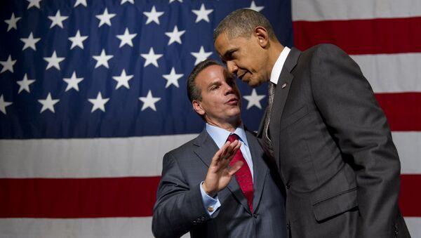 Americký politik David Cicilline mluví s prezidentem Barackem Obamou - Sputnik Česká republika