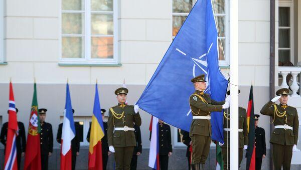 Vlajka NATO, Litva - Sputnik Česká republika