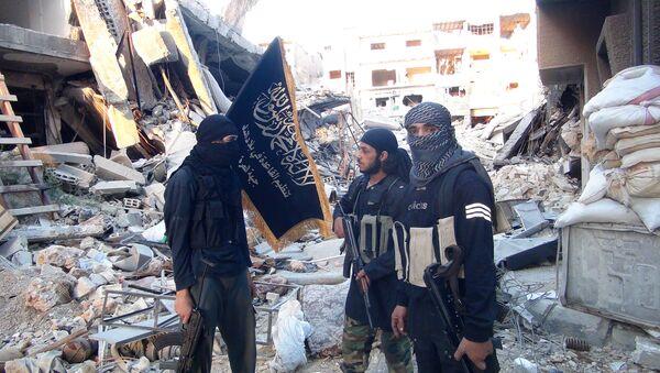 Bojovníci Fronty an-Nusrá, teroristická organizace která je zakázaná v Rusku - Sputnik Česká republika