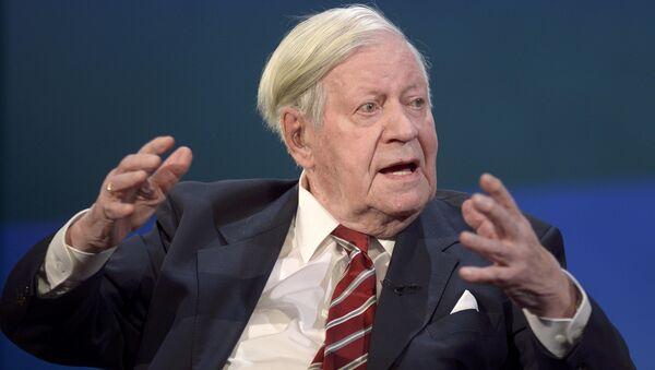 Bývalý německý kancléř Helmut Schmidt - Sputnik Česká republika