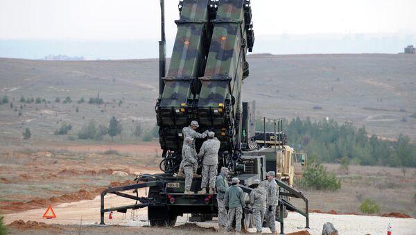 Americký taktický mobilní raketový systém Patriot - Sputnik Česká republika