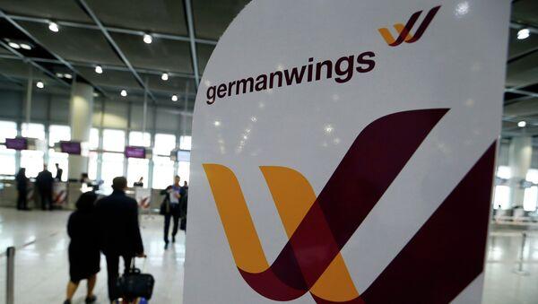 Emblém Germanwings v Duesseldorfu - Sputnik Česká republika