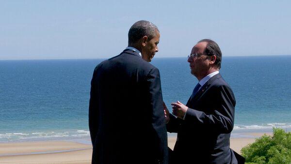 Barack Obama a François Hollande - Sputnik Česká republika