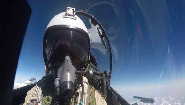 VKS útočí na pozice IS v Sýrii - Sputnik Česká republika