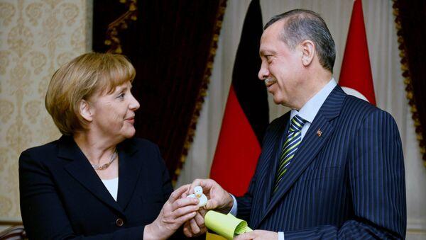 Angela Merkelová a Recep Tayyip Erdogan - Sputnik Česká republika
