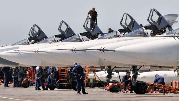Bombardéry Su-24 tvoří základ ruské letecké skupiny v Sýrii - Sputnik Česká republika