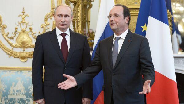 Vladimir Putin a Francois Hollande - Sputnik Česká republika