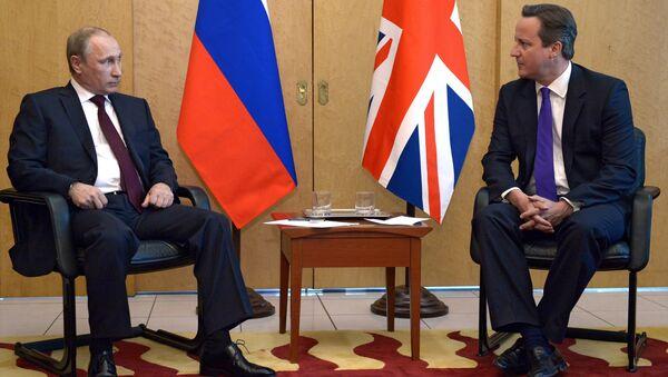 Vladimir Putin a David Cameron - Sputnik Česká republika